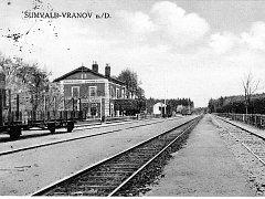 Obec Šumná, tehdy ještě jako Šumvald, získala na významu v roce 1871, kdy sem dorazila severo-západní dráha spojující Berlín s Vídní.