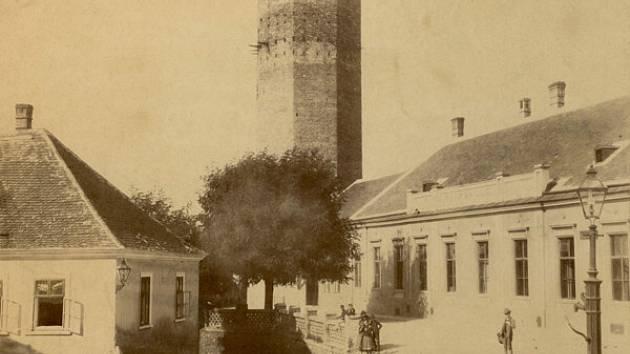 Loupežnická věž v areálu znojemského hradu