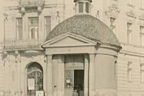 Bývalá Mariánská kaple na Mariánském náměstí ve Znojmě.