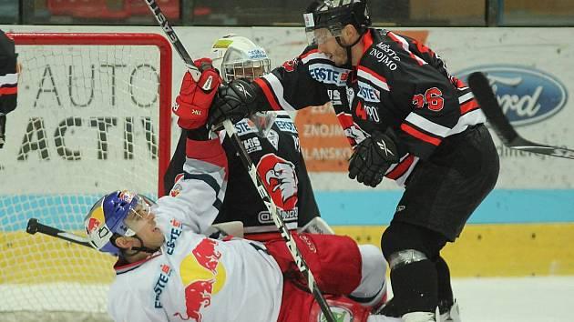 Dva góly v první třetině nastartovaly výhru znojemských hokejistů nad Salzburkem.
