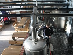 První pivo Hasičského pivovaru Bítov by mělo začít plnit půllitry zákazníkům začátkem prosince.