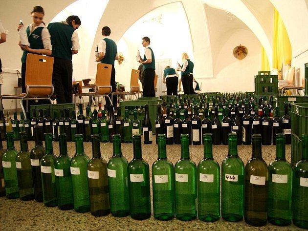 Na Znojemském koštu se sešlo více jak čtyři sta vín