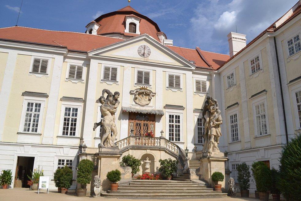 Na zámku ve Vranově nad Dyjí zažili lidé charitartivní akci pro Centrum Paraple.