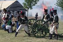 Dvě stovky aktérů v Dobšicích při bojové ukázce napoleonské bitvy u Znojma.