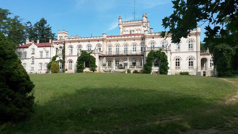 Domov důchodců v takzvaném novém zámku v Jevišovicích na Znojemsku.