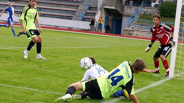 VYDAŘENÁ PŘÍPRAVA. A–tým 1. SC Znojmo si v přípravném zápase poradil s juniorkou Sigmy Olomouc, které na domácí půdě nastřílel pět branek. Sám dostal jedinou.