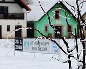 Recesistická akce nazvaná Kopání písku pro Vídeň je lákadlo pro návštěvníky. Vinaři a soutěžní družstva tak zpestřují Zimní otevřené sklepy v Novém Šaldorfu.