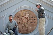 Muzeum motorismu chrání patron cestovatelů - svatý Kryštof od Ivo Slámy