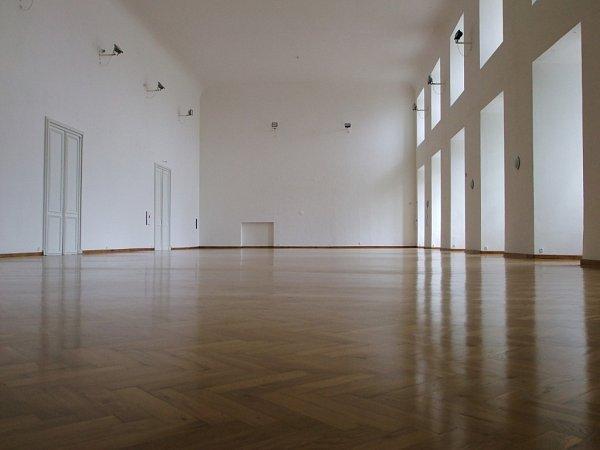Rytířský sál moravskokrumlovského zámkuje opraven.