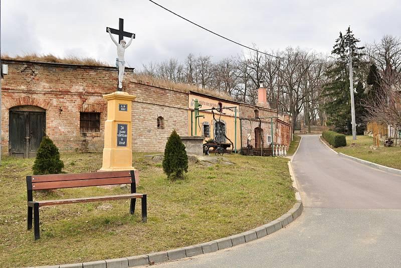 Sklepní ulička v Břežanech