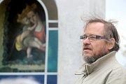 Akademický malíř Jan Knor.