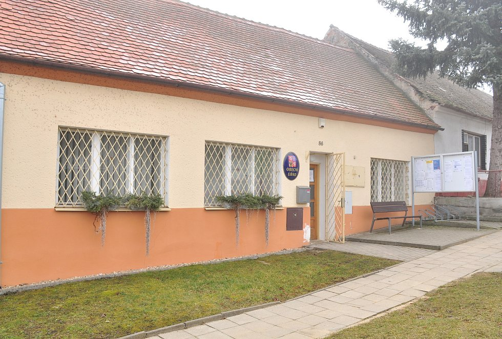Obecní úřad Suchohrdly u Miroslavi