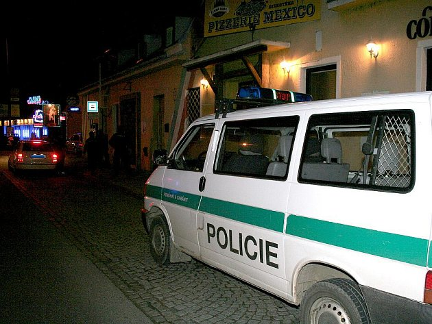 Policie zasahovala v nočním klubu na okraji Znojma.