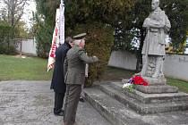 Znojmo si u příležitosti Dne veteránů připomnělo památku těch, kteří neváhali bojovat a položit životy za naši vlast. Pietní akt se uskutečnil na Louckém hřbitově.