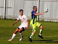 V posledním domácím utkání vyhráli tasovičtí fotbalisté nad týmem Strání 3:2.