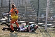 Na jevišovický trávník dorazil tým IE Znojmo, který utrpěl porážku 3:0.