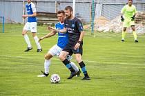 Znojemští fotbalisté (v černém) hráli po dvou letech s druholigovým Táborskem. Remizovali s ním 2:2.