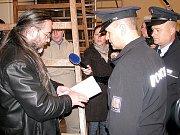 Policisté kontaktují zástupce GHMP Ladislava Bufku.