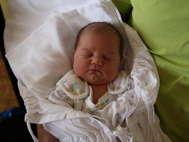 První miminko roku 2010 se na Znojemsku narodilo devět minut po páté hodině odpoledne.