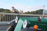 Ze serpentin nad Vranovem je jedinečný výhled na zámek.