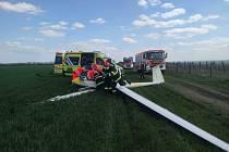 Letecká nehoda na okraji Znojma.