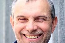 Třiapadesátiletý sběratel a milovník  motorů Jan Drozd.