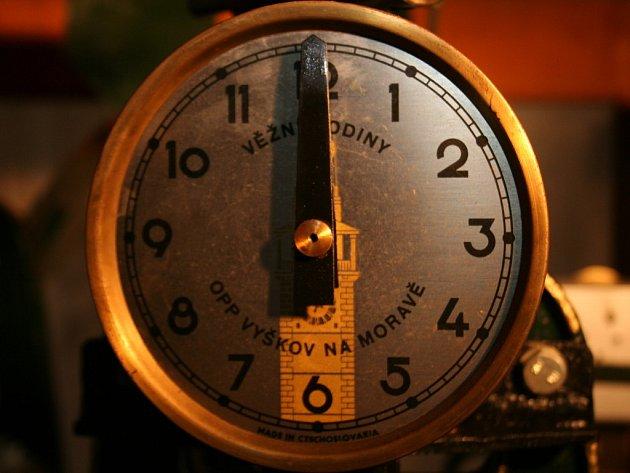 Oprava znojemských radničních hodiny po dvaceti dnech skončila