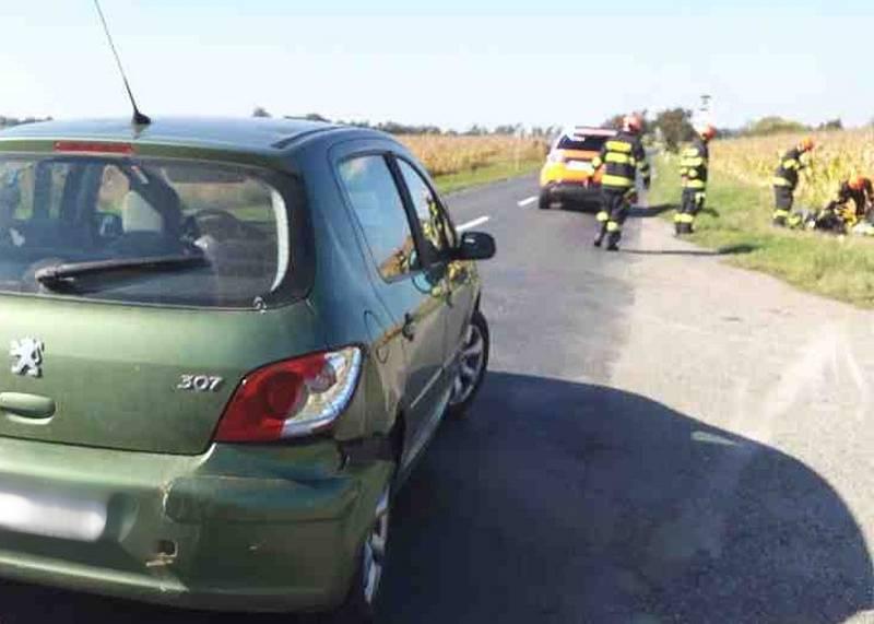 K další kolizi osobního auta a motorkáře došlo v sobotu v Ladné na Břeclavsku.