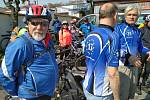 Téměř tři desítky cyklistů se vydaly na cestu Po stopách železné opony.
