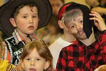 Velký dětský karneval zaplnil  v sobotu hodonický kulturní dům.