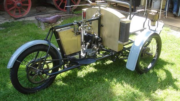 Vzácný tricykl Laurin a Klement uvidíte ve Znojmě, starý je 114 let