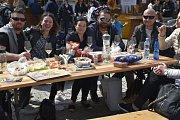 Osmý květen patřil Festivalu VOC vín. Hosté zaplnili znojemské Horní náměstí.
