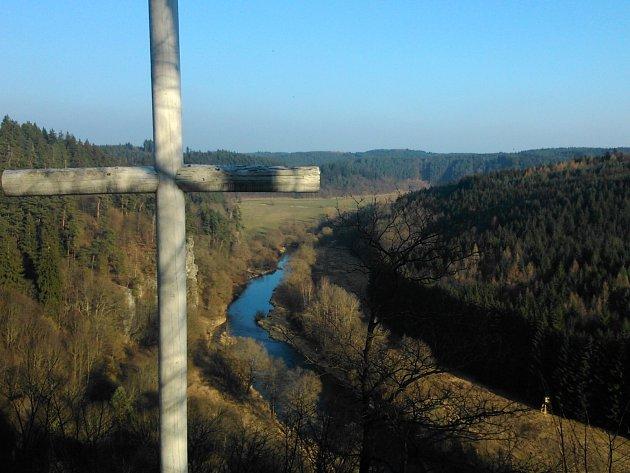 Bílý kříž nabízí zajímavou turistickou vyhlídku.