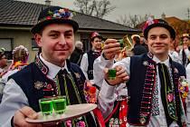 Na tradiční Kateřinské hody zvalo v Chvalovicích v sobotu dvanáct krojovaných párů.