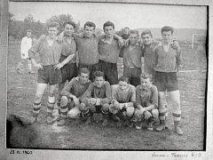 Z historie fotbalu v Únanově.