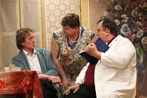 Výhradně hry divadla Járy Cimrmana představují svým příznivcům petrovičtí ochotníci. Na jejich představení se sjíždí milovníci Svěrákových a Smoljakových her z okolí.