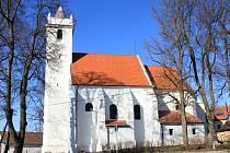 Kostel Nanebevzetí Panny Marie ve Stálkách.