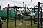 Na sportovišti v Jevišovicích si lidé zacvičí i v době vládních opatření proti covidu.