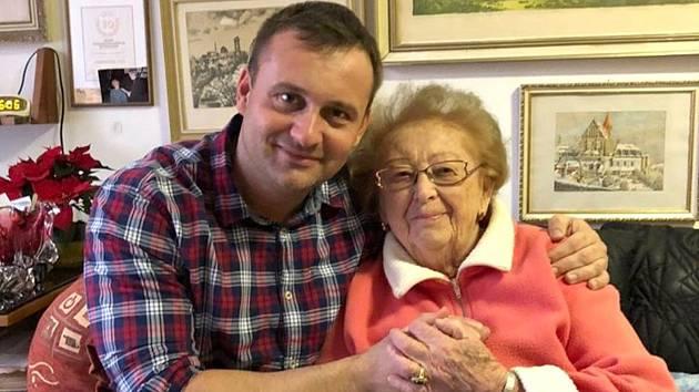 Zakladatelka psího útulku Štěpánka Faglerová slaví pětadevadesát let