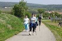 Znovín Walking je populární.