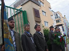 Sto páté výročí narození výsadkáře a válečného hrdiny Jana Kubiše si připomněli lidé ve Znojmě. Na svého aktivního člena přišli vzpomenout zástupci orelských žup.