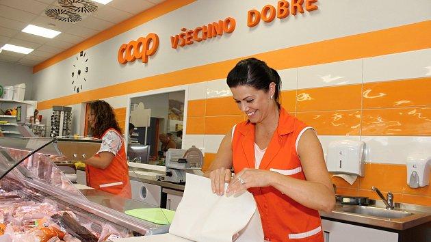 V Dyjákovicích mají novou prodejnu družstva Coop s moderními úspornými technologiemi.