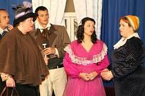 Divadelní spolek Želetín oslavil desáté výročí svého působení Gogolovou Ženitbou.