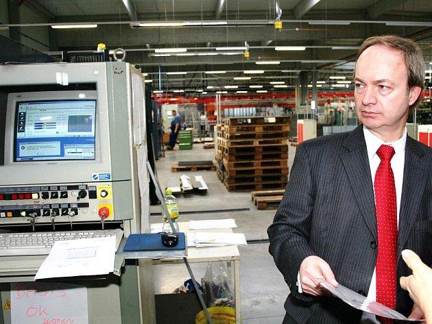 Společnost Erka vyrábí na kraji Znojma kovové skříně