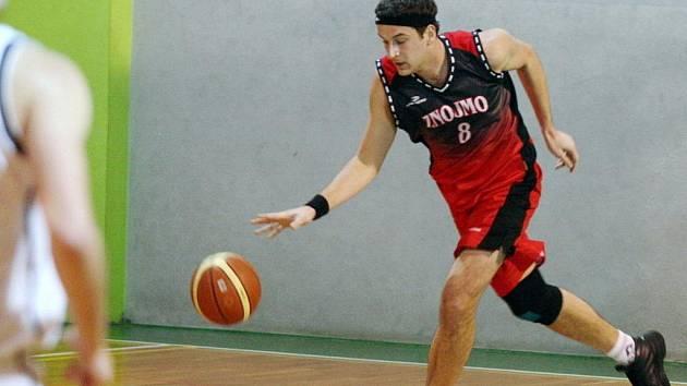 Znojemští basketbalisté o víkendu prohráli utkání s Blanskem i Černovicemi.