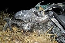 Nehoda se stala v křižovatce u Milíčovic na Znojemsku. Sochna řídil opilý, protijedoucí auto smetl v rychlosti 179 kilometrů v hodině.