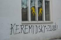 Napisy na Lidovém domě  hanobí znojemské radní