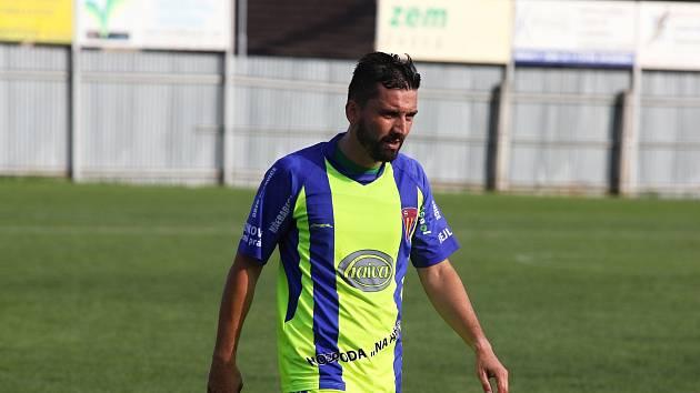 Miroslav Paul od září trénuje fotbalisty Tasovic. Na soupisce je vedený jako hrající kouč.
