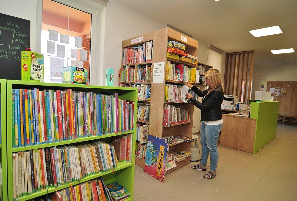 Božice knihovna a informační centrum