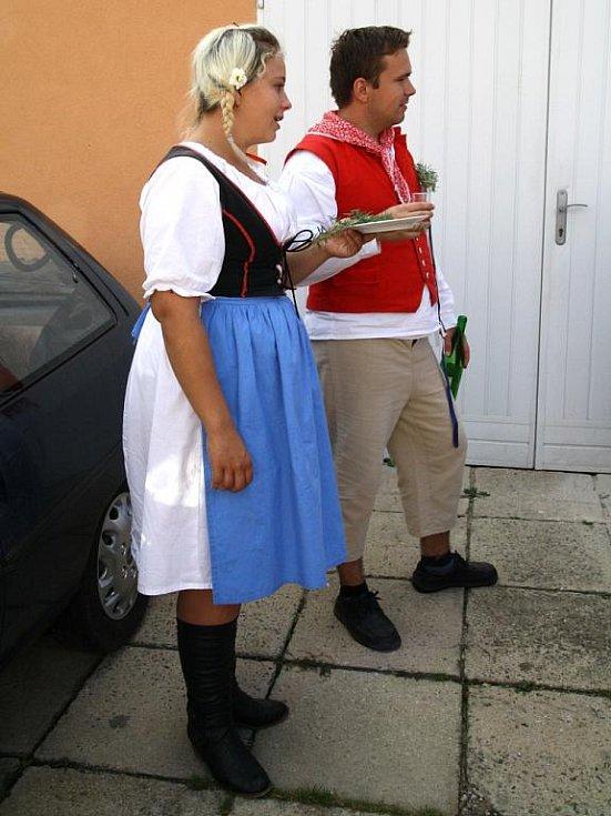V sobotu se v Těšeticích uskutečnilo tradiční krojované posvícení, které připravila místní chasa.